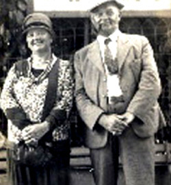 photo of Henry McCartney and Margaret Jane McCartney, the webmaster's grandparents